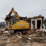 Excavator structure demolition